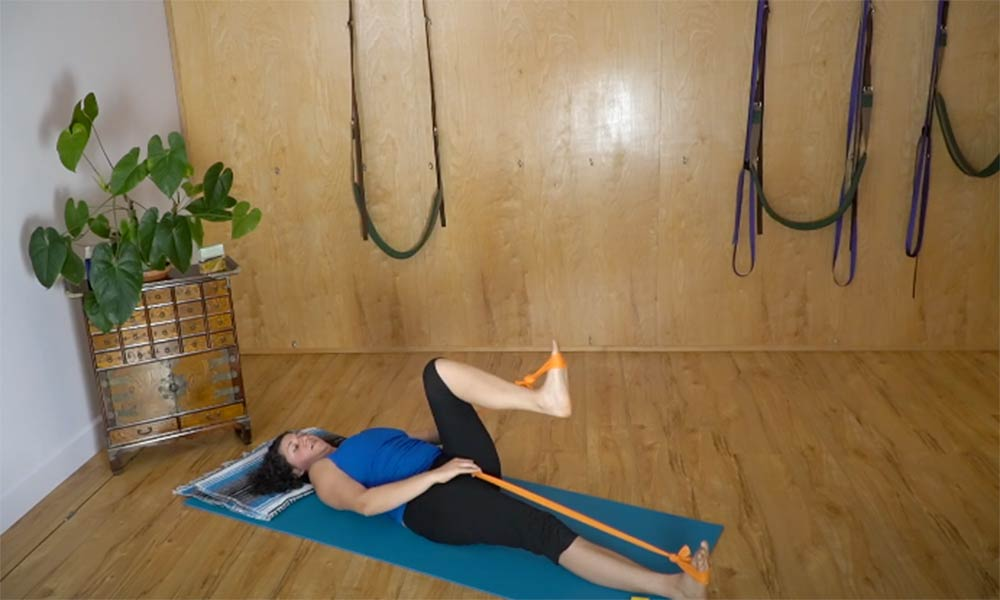 Build Strength in the Hips with Crawford Wellness Yoga
